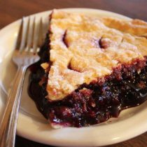 GtFalls_Family_Affair_Huckleberry_pie
